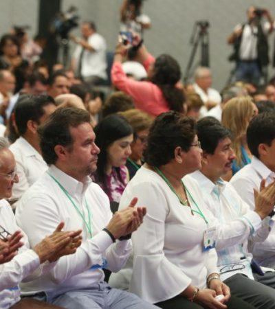 Pedro Joaquín asiste al Encuentro de Alto Nivel para la Atención del Sargazo
