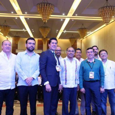 Exhiben a Héctor Astudillo como político 'contacto' del líder de la 'Luz del Mundo'