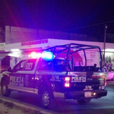 Sicarios le disparan a motoclista en Cancún, que alcanza a huir
