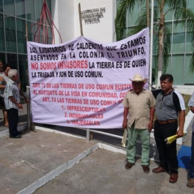 Se manifiestan colonos de Mártires Antorchistas y El Triunfo en Chetumal por incertidumbre jurídica de sus viviendas