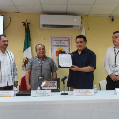 Reconoce INEGI al Congreso de QR por acciones en materia de transparencia