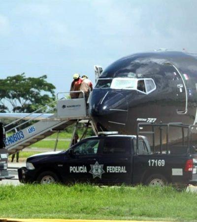 Bajan de avión a haitianos rijosos que serían deportados a su país de origen desde Tapachula