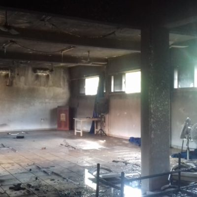 Se incendia salón de música del 'Instituto Partenón' en Cozumel