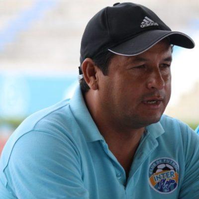 Carlos Flores, DT del Inter Playa a punto de separarse del club por desacuerdos con la directiva
