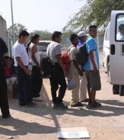 Aseguran en Campeche a 52 migrantes que viajaban a Cancún; otros 6, venezolanos, fueron detenidos con un arma y droga