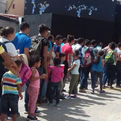Aseguran a 132 migrantes en un motel en Tabasco; 60 son menos de edad