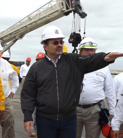 Asesoran al director general de Pemex, pero no cuentan con experiencia en el sector petrolero