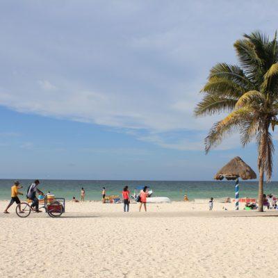 Desvía el viento enorme mancha de sargazo y se 'salvan' playas yucatecas