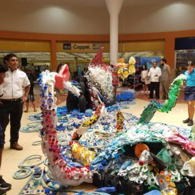 """Presentan la """"Escul-Trash"""", arte con basura que busca concientizar sobre la contaminación de plástico en los océanos"""