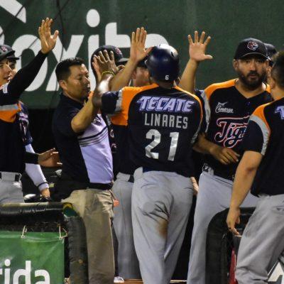 TIGRES BLANQUEA Y GANA SERIE DE FIERAS:Marlon Arias trabajó espectacularmente, con un gran respaldo ofensivo, llevando a los de bengala a vencer 8-0 a Leones de Yucatán