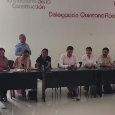 """""""LOS PESCADORES NO PESCAN Y LOS CLUBES DE PLAYA SE ACABARON"""": Reclaman empresarios falta de eficacia para contener el sargazo en la Riviera Maya"""
