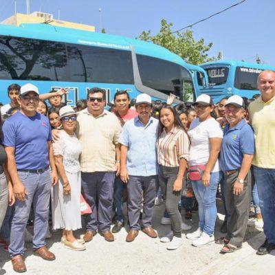 Con un viaje a Mérida para un concierto, reconocen a estudiantes de Tulum