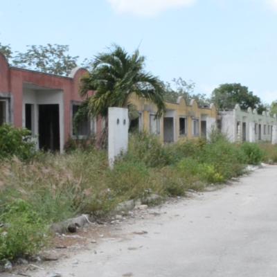 FRACCIONAMIENTO 'LA SELVA' EN ABANDONO: Más de 138 casas se encuentran vacías y representa 'foco rojo' de inseguridad en Cancún