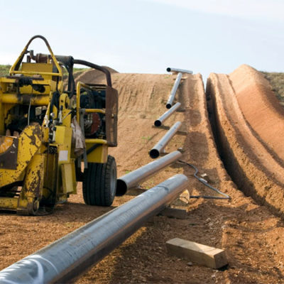 Va CFE contra claúsulas 'leoninas' en contrato de gasoducto y tumba acciones de Carso