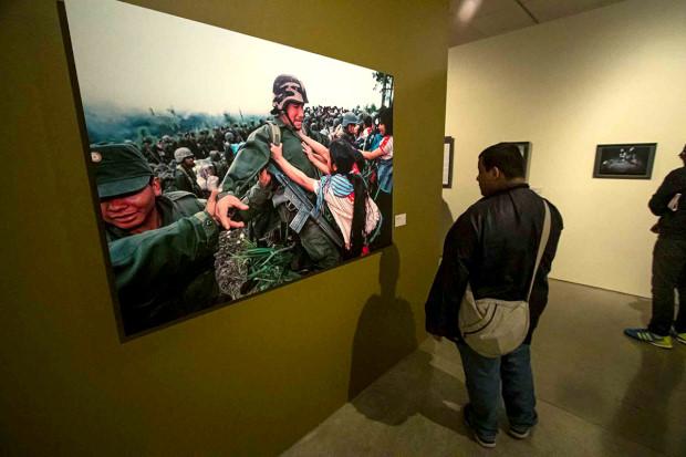 """""""Ahora si no estás a favor de AMLO, eres un enemigo y lo único que se hace es dividir"""", afirma el fotógrafo Pedro Valtierra"""