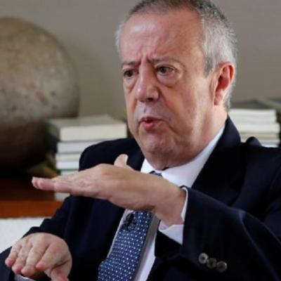 Expresa Hacienda 'fuerte desacuerdo' con calificadoras por recortas calificación a Pemex