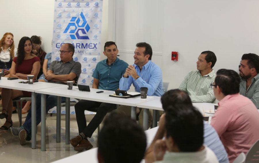 Se reúne Pedro Joaquín con integrantes de la Comisión de Empresarios Jóvenes de Cozumel de la Coparmex