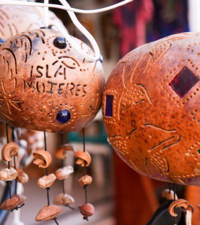 Invitan a artesanos de Isla Mujeres a participar en el XXII Concurso Estatal de Artesanías