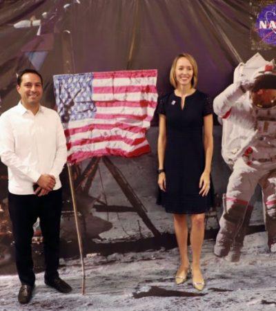 Consulado de EU en Mérida celebra el aniversario 243 de su independencia con la temática de la llegada del hombre a la Luna