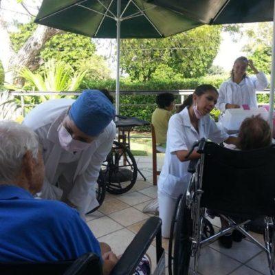 El retiro para ancianos 'La casa de Don Pascual' subsiste con escasos recursos y caridad de ciudadanos en Cancún, una de las ciudades más ricas de México