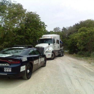 Policía Federal detiene a tres huachicoleros y asegura dos vehículos en la carretera Escárcega-Chetumal