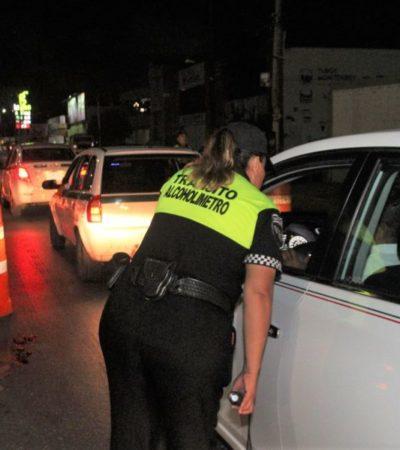 """Remiten a 72 automovilistas al """"torito"""" por conducir bajo los efectos del alcohol en Cancún"""