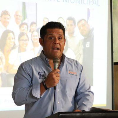 Eduardo Pacho levanta la mano para convertirse en dirigente estatal del PAN