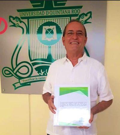 Francisco López Mena se registra como candidato para ocupar la rectoría de la Uqroo