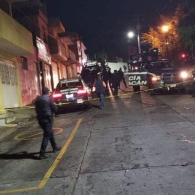 Muere una mujer policía luego de frustrar robo en Morelia; otro agente es hallado sin vida en Villamar