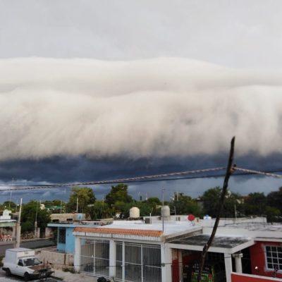FOTOS   Sorprende extraña nube a Meridanos