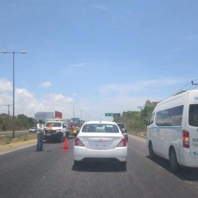 Obras de SCT en el tramo carretero Puerto Morelos-Bahía Petempich genera molestias por embotellamiento vehicular