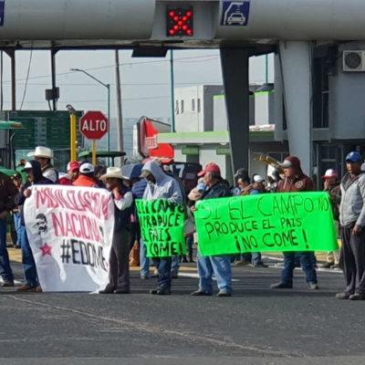 Protestan campesinos en 14 estados del país; bloquean carreteras en exigencia de apoyos al campo