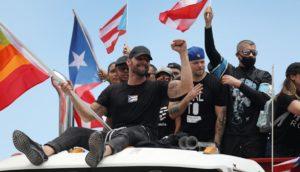 Tumban protestas a gobernador de Puerto Rico luego de revelarse sus comentarios homófobos y sexistas