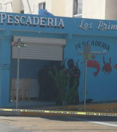 TIENE PLAYA JUEVES VIOLENTO: Matan a una persona en el interior de una pescadería en Villas del Sol, al parecer durante un asalto; suman 4 muertos en el día
