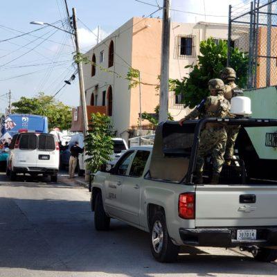 ASEGURAN A 60 INDOCUMENTADOS  EN CANCÚN: Habrían detenido a dos 'polleros' en operativo en el hotel María Dolores de la SM 70
