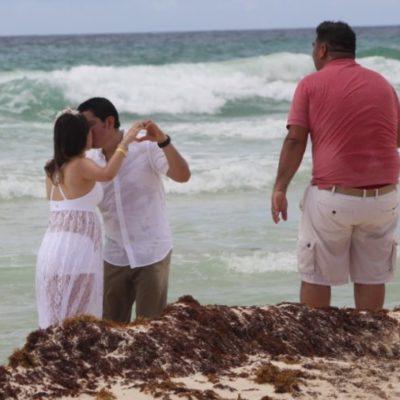 """""""Cancún mantiene importante demanda del turismo de bodas, a pesar de la presencia de sargazo"""", asegura Franciso López Reyes"""