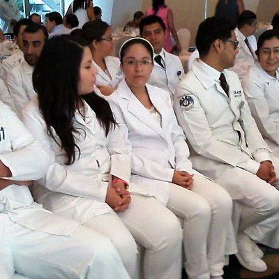 DISCREPAN CON AMLO SOBRE MÉDICOS: En el país no faltan profesionales sino plazas y recursos para contratarlos en el sistema de salud público, responden especialistas