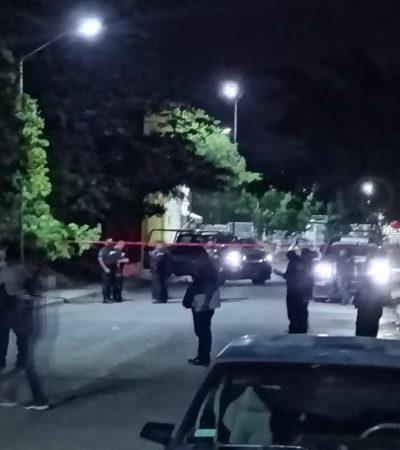 Arrojan restos humanos en bolsas en área verde del fraccionamiento Las Palmas de Playa del Carmen