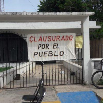 Oficinas de la CFE en José María Morelos siguen 'clausuradas' por usuarios afectados por altos cobros del servicio de electricidad