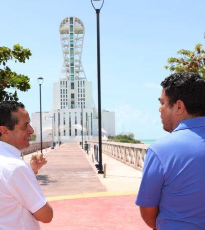 Supervisa Carlos Joaquín obras en Chetumal; recorre el boulevard, la megaescultura, el muelle y otras zonas de la capital de QR