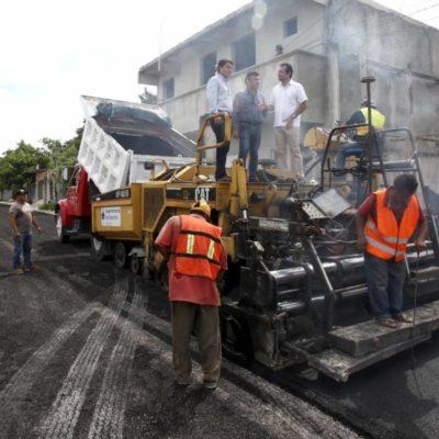 Supervisa Pedro Joaquín que obras de pavimentación se ejecuten en tiempo y forma
