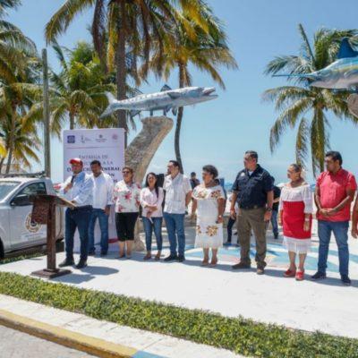 Entrega Juan Carrillo dos camionetas de rescate a la Dirección de Protección y Bomberos de Isla Mujeres