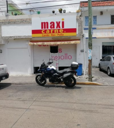 Asaltan Maxicarnes de Playa del Carmen; en persecución, patrulla choca contra un Tucsa
