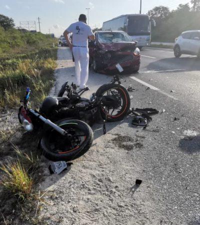 Por detenerse en carretera, motociclista es atropellado entre Playa y Tulum