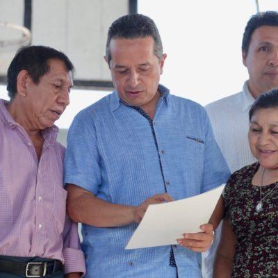 Entregan títulos de propiedad a más de 1,300 familias de varias regiones de Cancún