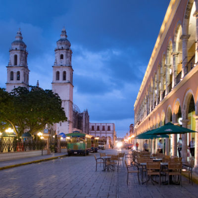 Cierran 16 hoteles en el último año en Campeche y baja número de visitantes a Zonas Arqueológicas