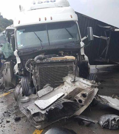 FOTOS | Choque múltiple en la carretera México-Querétaro deja saldo de siete lesionados