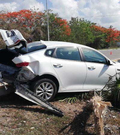 Choque frente al hotel Vidanta deja cuatro lesionados, dos de gravedad en la vía Cancún-Playa