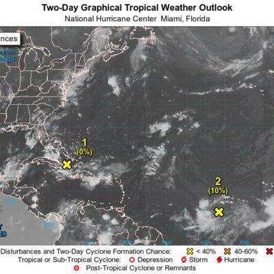Clima caluroso persiste con cielo nublado y lluvias dispersas en Quintana Roo