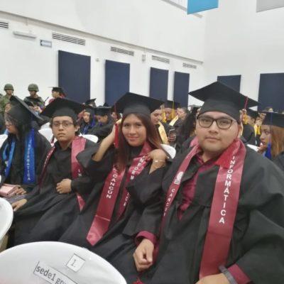 Se gradúan 248 alumnos de la primera generación del sistema modular del Cobach